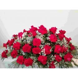Cojín 50 rosas rojas