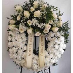 Corona de blanca de roses i...