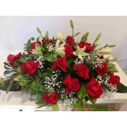 Coixí de liliums i roses