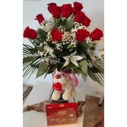 Ramo 12 rosas peluche y...